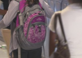 1,000 backpacks stuffed with school supplies to be given away in Tucson – KGUN