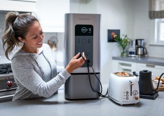 Power Outage? This sleek, quiet solar generator keeps your home appliances running for up to 7 days – Yanko Design